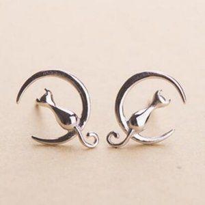 NEW 925 Sterling Silver Cat Moon Earrings
